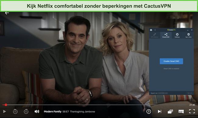 Screenshot van Modern Family die succesvol streamt op Netflix met CactusVPN verbonden