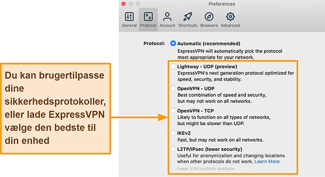 Skærmbillede af ExpressVPN-appen, der viser alle de tilgængelige protokoller inklusive Lightway, OpenVPN, IKEv2 og L2TP / IPsec
