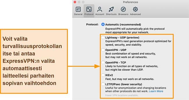 Näyttökuva ExpressVPN-sovelluksesta, joka näyttää kaikki käytettävissä olevat protokollat, mukaan lukien Lightway, OpenVPN, IKEv2 ja L2TP / IPsec