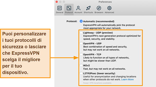 Screenshot dell'app ExpressVPN che mostra tutti i protocolli disponibili inclusi Lightway, OpenVPN, IKEv2 e L2TP / IPsec