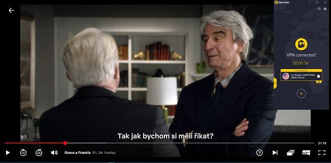 """Screenshot of CyberGhost připojeného k americkému serveru pomocí streamování """"Grace and Frankie"""" na US Netflix"""