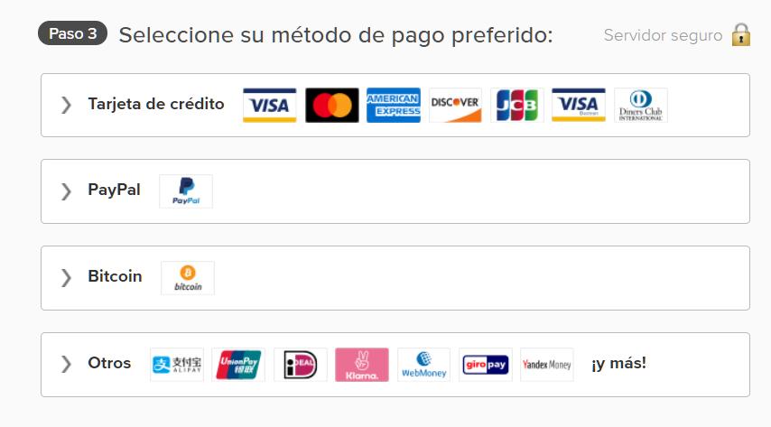 Captura de pantalla de las opciones de pago en la página de ExpressVPN incluyendo tarjeta de crédito, PayPal y Bitcoin