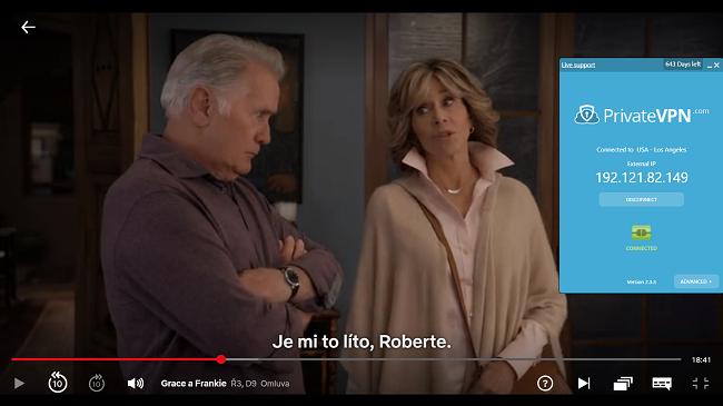 Screenshot z PrivateVPN připojeného k americkému serveru s Grace a Frankie streamovanými na Netflix USA