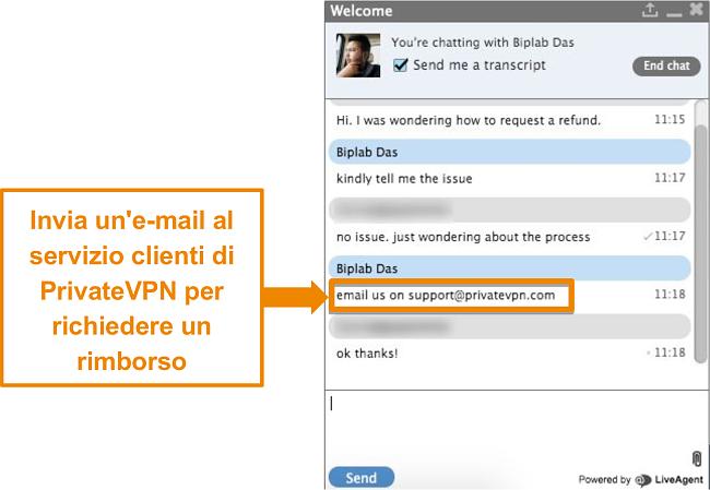 Screenshot di un agente di live chat di PrivateVPN che fornisce istruzioni per inviare una richiesta di rimborso tramite e-mail