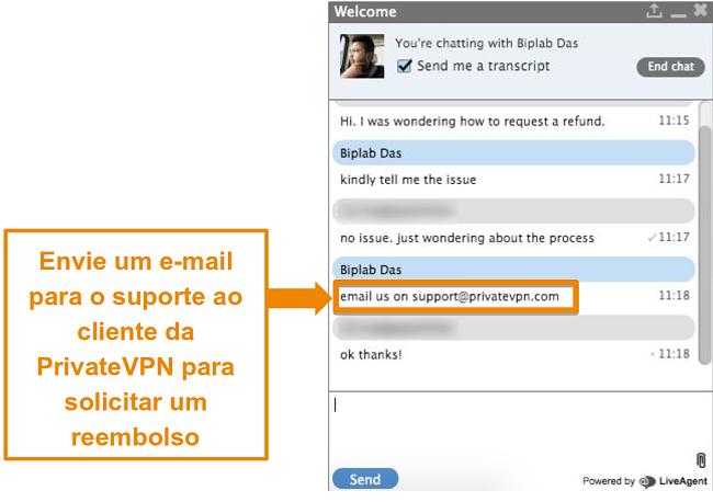 Captura de tela de um agente de chat ao vivo PrivateVPN fornecendo instruções para enviar uma solicitação de reembolso por e-mail