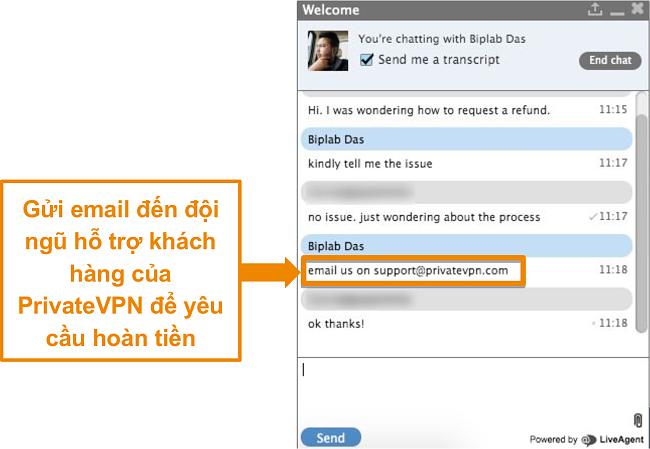 Ảnh chụp màn hình của nhân viên trò chuyện trực tiếp PrivateVPN cung cấp hướng dẫn để gửi yêu cầu hoàn lại tiền qua email