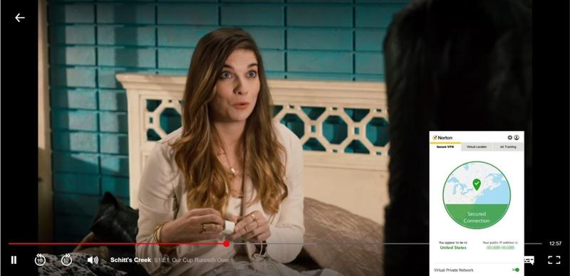 Skærmbillede af Norton Secure VPN, der blokerer Netflix USA og streamer Schitt's Creek.