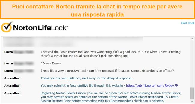 Screenshot di una conversazione con un agente dell'assistenza clienti Norton tramite live chat.