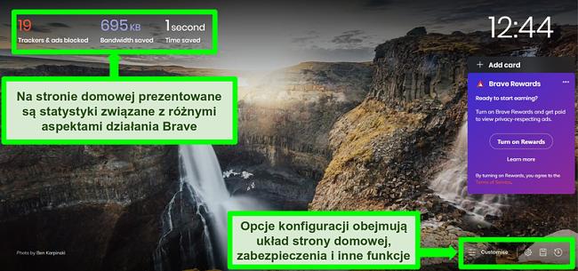 Zrzut ekranu z adnotacjami przedstawiający stronę główną przeglądarki Brave, wyróżniający funkcje i ustawienia dostosowywania